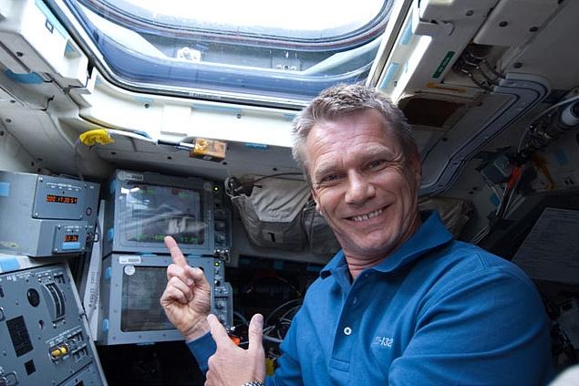 [STS-132] Atlantis : fil dédié à la mission - Page 6 Sans_600