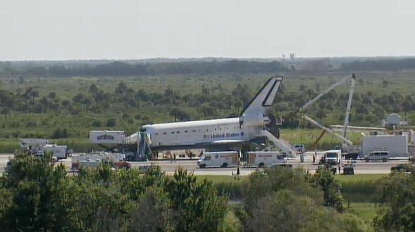 [STS-132] Atlantis: retour sur terre 14:48 heure de Paris le 26/05/10 - Page 5 Sans_691