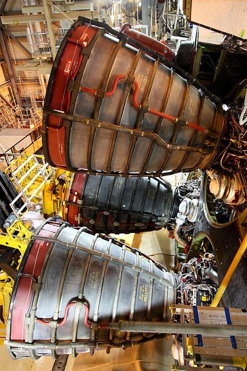 [STS-133] Discovery : Préparatifs (Lancement prévu le 24/02/2011) - Page 4 Sans_783
