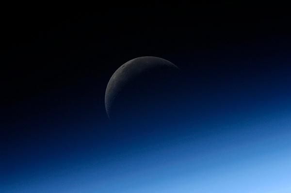 ISS : Expédition 24 Sans_807