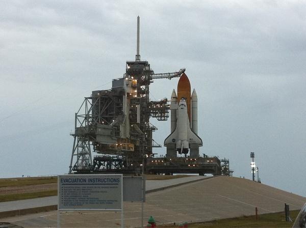 [STS-133]: suivi du lancement prévu le 03.12.2010 - Page 2 Sans_831