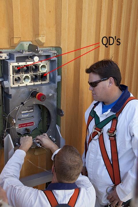[STS-133] Discovery : Préparatifs (Lancement prévu le 24/02/2011) - Page 22 Sans_885