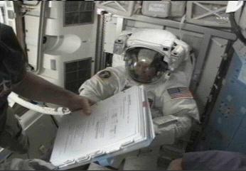 [STS-133] Discovery: Déroulement de la mission. - Page 4 Sans_960
