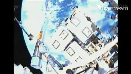 [STS-133] Discovery: Déroulement de la mission. - Page 5 Sans_965