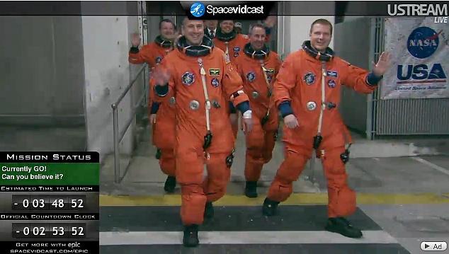 [STS-130] Endeavour : lancement (08/02/2010) Sans_t27