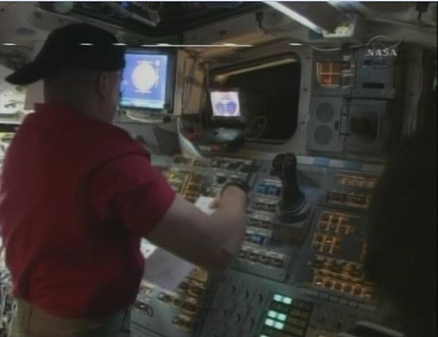 [STS-130] Endeavour : fil dédié au suivi de la mission. - Page 3 Sans_t60