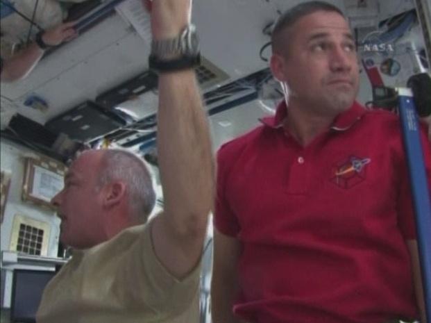 [STS-130] Endeavour : fil dédié au suivi de la mission. - Page 2 Sans_t64