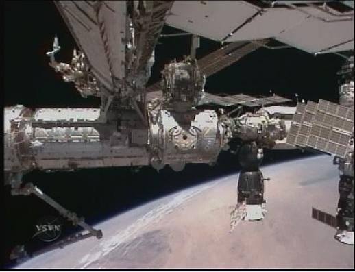 [STS-130] Endeavour : fil dédié au suivi de la mission. - Page 4 Sans_t77