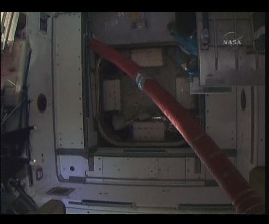 [STS-130] Endeavour : fil dédié au suivi de la mission. - Page 6 Sans_t92