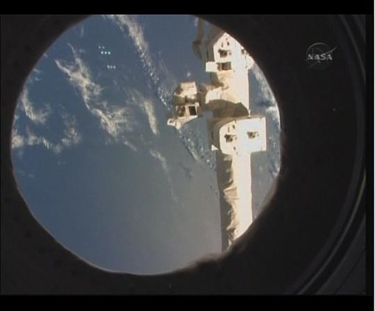 [STS-130] Endeavour : fil dédié au suivi de la mission. - Page 6 Sans_t94