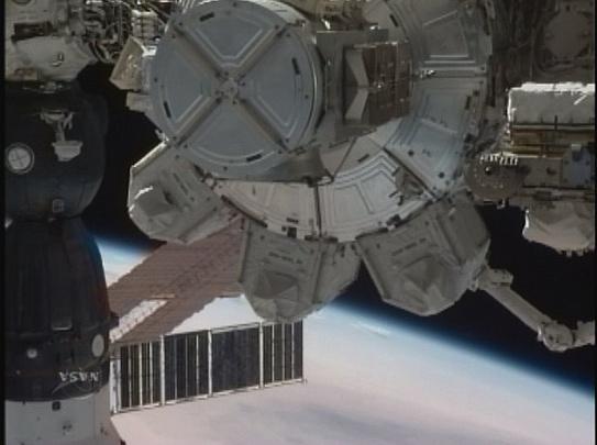 [STS-130] Endeavour : fil dédié au suivi de la mission. - Page 6 Sans_t96