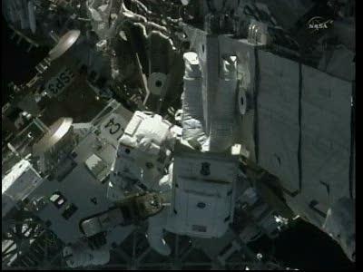 [STS-133] Discovery: Déroulement de la mission. - Page 5 Vlcsn100