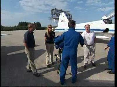 [STS-134] Endeavour : Préparatifs lancement le 29/04/2011 - Page 12 Vlcsn122