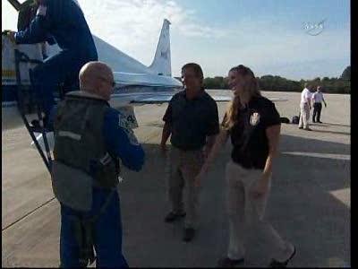 [STS-134] Endeavour : Préparatifs lancement le 29/04/2011 - Page 12 Vlcsn128