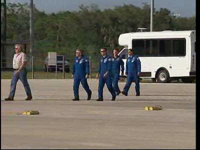 [STS-134] Endeavour : Préparatifs lancement le 29/04/2011 - Page 12 Vlcsn131