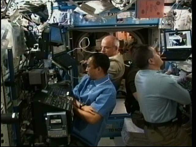 [STS-130] Endeavour : fil dédié au suivi de la mission. - Page 11 Vlcsna32