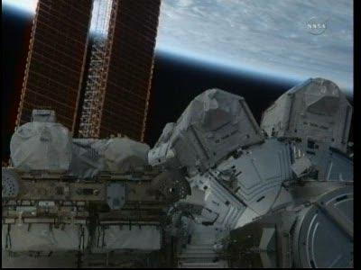 [STS-133] Discovery: Déroulement de la mission. - Page 4 Vlcsna76