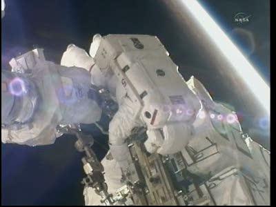 [STS-133] Discovery: Déroulement de la mission. - Page 5 Vlcsna84