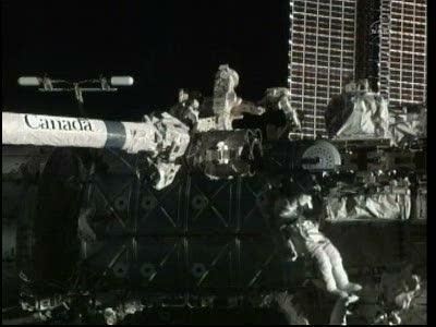[STS-133] Discovery: Déroulement de la mission. - Page 5 Vlcsna85