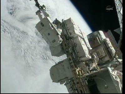 [STS-133] Discovery: Déroulement de la mission. - Page 5 Vlcsna87