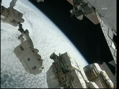[STS-133] Discovery: Déroulement de la mission. - Page 5 Vlcsna88