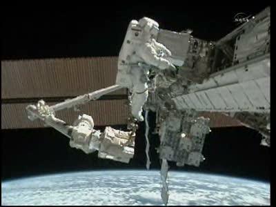 [STS-133] Discovery: Déroulement de la mission. - Page 5 Vlcsna90