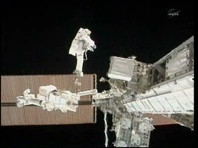 [STS-133] Discovery: Déroulement de la mission. - Page 5 Vlcsna91