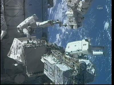 [STS-133] Discovery: Déroulement de la mission. - Page 5 Vlcsna94