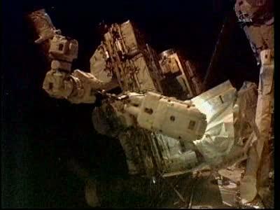 [STS-133] Discovery: Déroulement de la mission. - Page 5 Vlcsna97