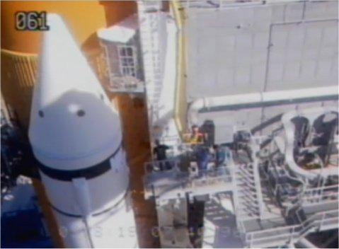 [STS-133] Discovery : Préparatifs (Lancement prévu le 24/02/2011) - Page 21 Work_s10
