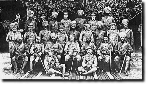 Uniforme du Lieutenant-Colonel T.F.H.J.J. Kelly, Indian Army Staff 9thbho10