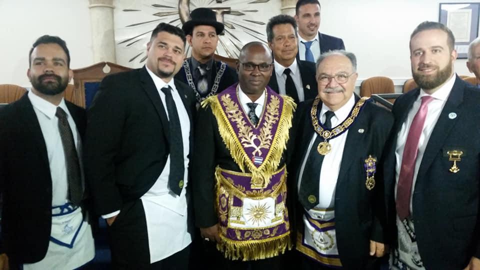 Visita del MRGM Ernesto Zamora a la Logia Renacer No. 410 25cb2410