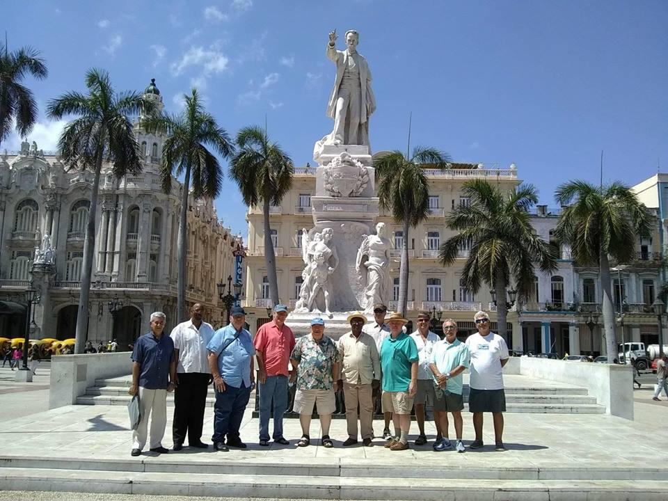 Visita del MRGM de la Florida John E. Karroum a la Gran Logia de Cuba 38a3f010