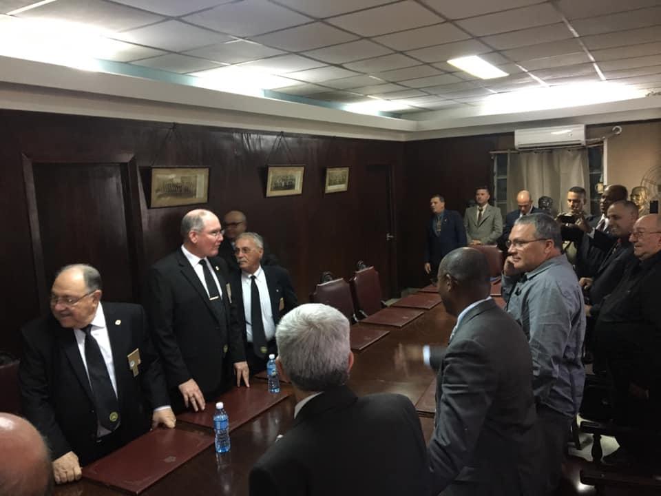 Visita del MRGM de la Florida John E. Karroum a la Gran Logia de Cuba 3ab2e510