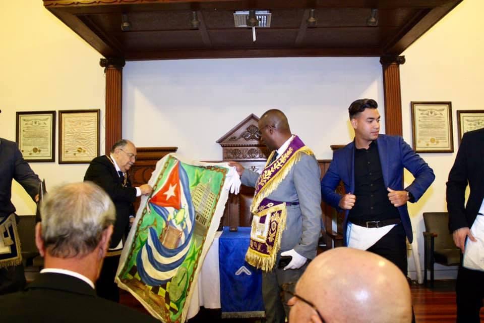 Visita del MRGM de la GL de Cuba Ernesto Zamora Fernandez a la Logia Luz de America No. 255 6892e110