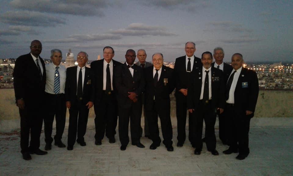 Visita del MRGM de la Florida John E. Karroum a la Gran Logia de Cuba B33f7210