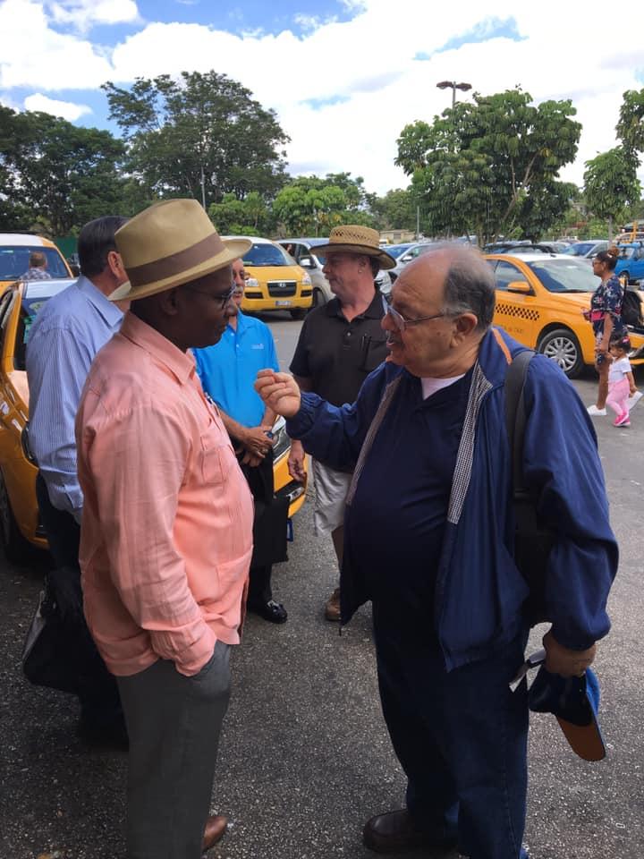 Visita del MRGM de la Florida John E. Karroum a la Gran Logia de Cuba D9be4010