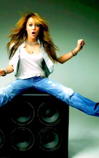 Elena's galerie Mileyb15