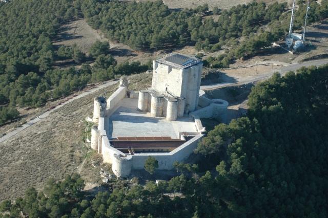 ISCAR 2010 El Maestro el aprendiz y el Asedio al Castillo. 85551310
