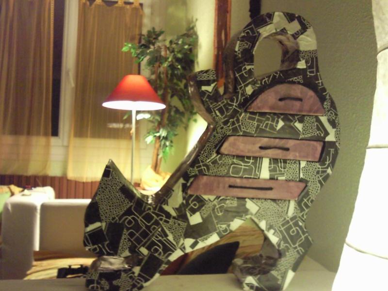 !! meubles en cartons les filles!! Photo013