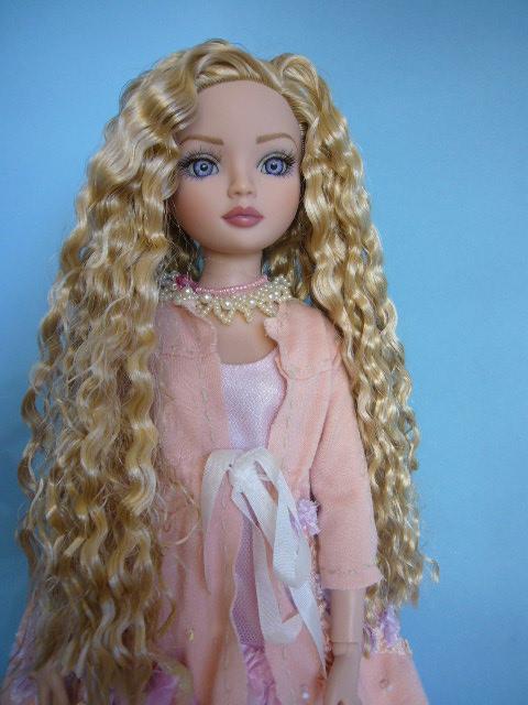 2010 - Ellowyne Wilde - Shabby chic P1180234