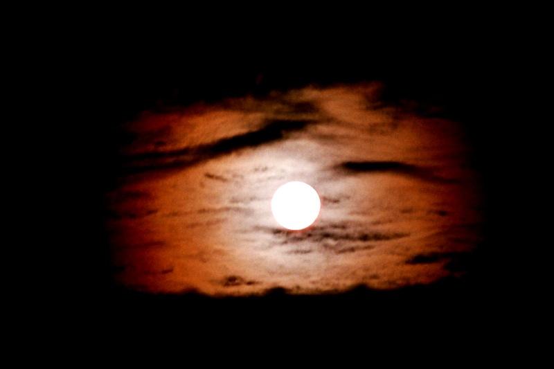1ere pleine lune de 2010 Pleine11