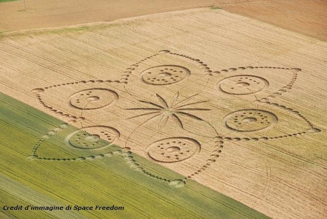 Cerchio nel grano ieri a Poirino Poirin10