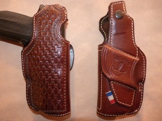 HOLSTERS REVOLVERS et AUTOS by SLYE P1020925