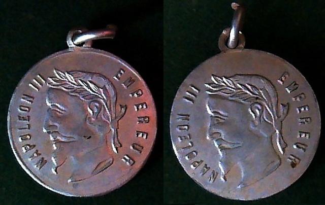 Une autre médaille Napoléon III .. en alu - XXème Image610
