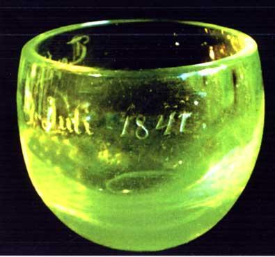 Verres Uranifères Verre210