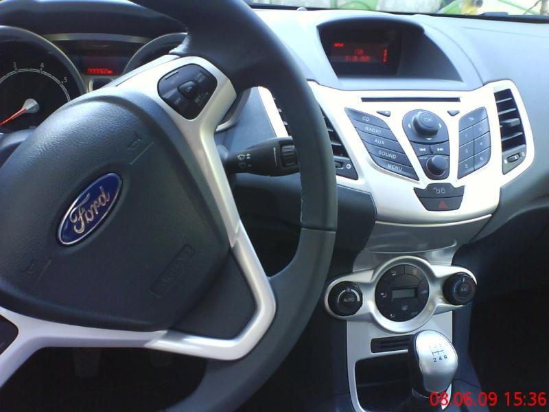 ma voiture ford fiesta Dsc00310