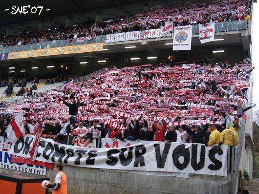 Le Mouvement en France . - Page 2 4421_821