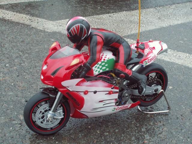 Une Ducati fiable Zzzz10