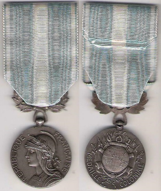 Datation médaille coloniale Colo10